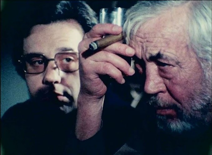 Peter Bogdanovich and John Huston in the Orson Welles film 'The Other Side of the Wind'