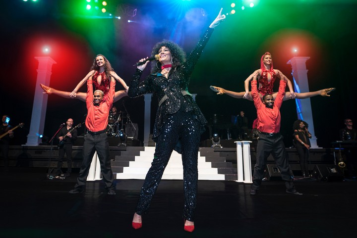 Belinda Davids sings Whitney Houston songs in 'The Greatest Love of All' show